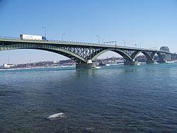 Peace Bridge (Wikipedia)