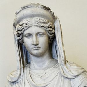 Demeter. Marble, Roman copy after a Greek original from the 4th century BCE. Credit: © Marie-Lan Nguyen / Wikimedia Commons