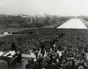 Marion Anderson audience in Washington, DC, 1939 (wikipedia)